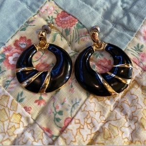 Vintage 90s post earrings